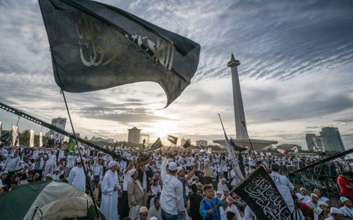 BUKU: KENAPA UMAT ISLAM TERTINGGAL; PERBANDINGAN ANTARA UMAT ISLAM DAN EROPA MASA KINI. HAL. 17-20 (BAG.4)